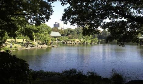 母の介護と車椅子での散歩風景・清澄庭園kiyosumi09.jpg