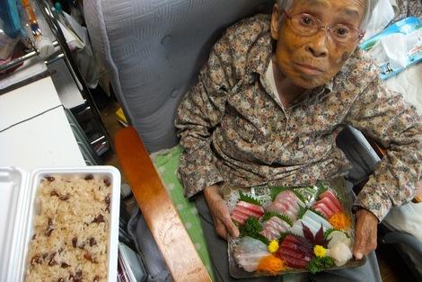 251110-2知人から頂いた寿司