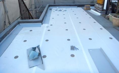 250920-13.我が家の屋上防水シート工事を写真で公開しています。