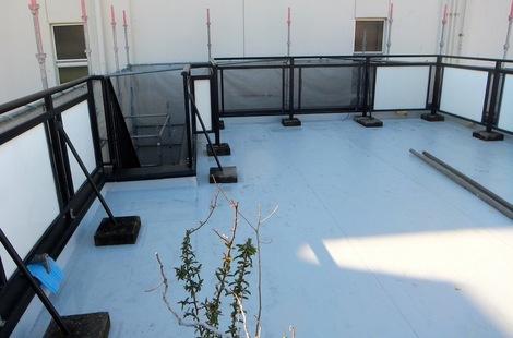 屋上が清掃されてきれいに251215-8.JPG
