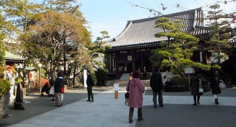 260104hukurokujyu-2.JPG深川七福神・福禄寿・母の介護と車椅子での散歩風景