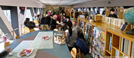 20160105-09.png新年最初の散歩は中村学園の空中図書室